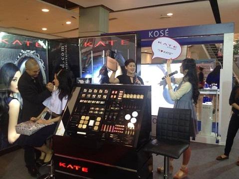 タイ・バンコクでの化粧品イベント風景